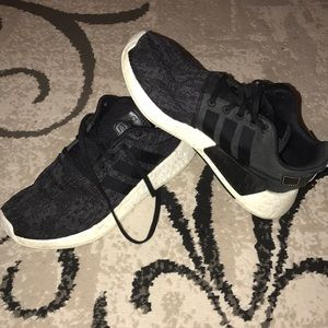 ADIDAS NMD WOMANS 8 1/2 MENS 6 1/2